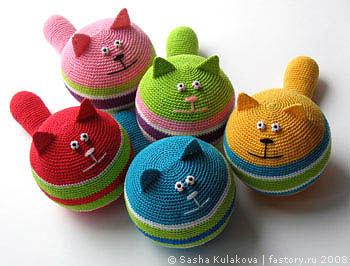 декабря 2005.  Вязание игрушек.  Вяжем кота крючком.