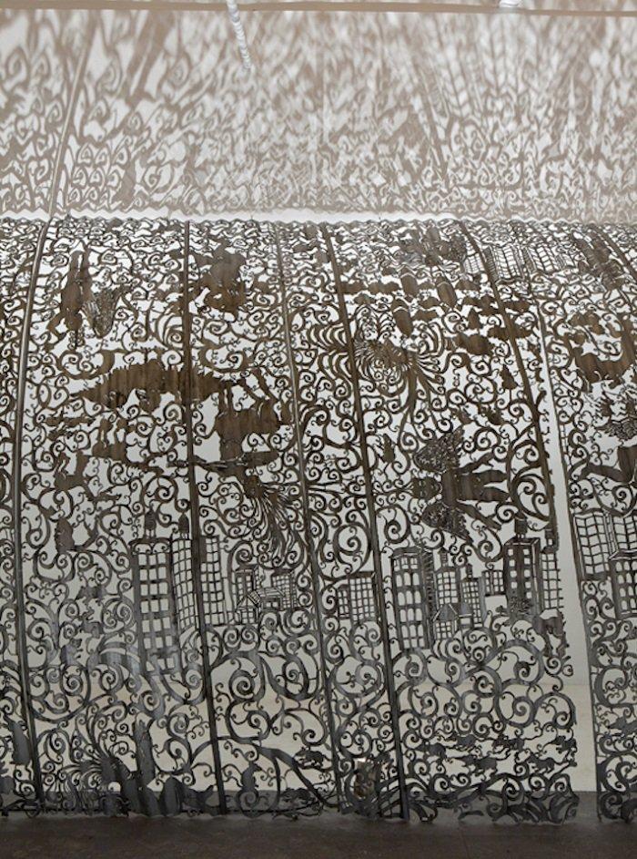 Кружевные мотивы на старом металле