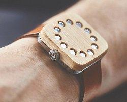 Дизайнерские часы из натурального дерева