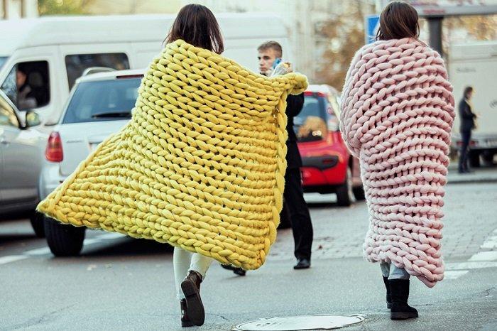 Девушки связанные в одеялах фото 322-968