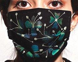 Дизайнерские маски от гриппа – креативная защита