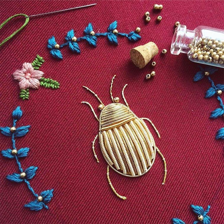 Мир живой природы в вышивке Humayrah Bint Altaf
