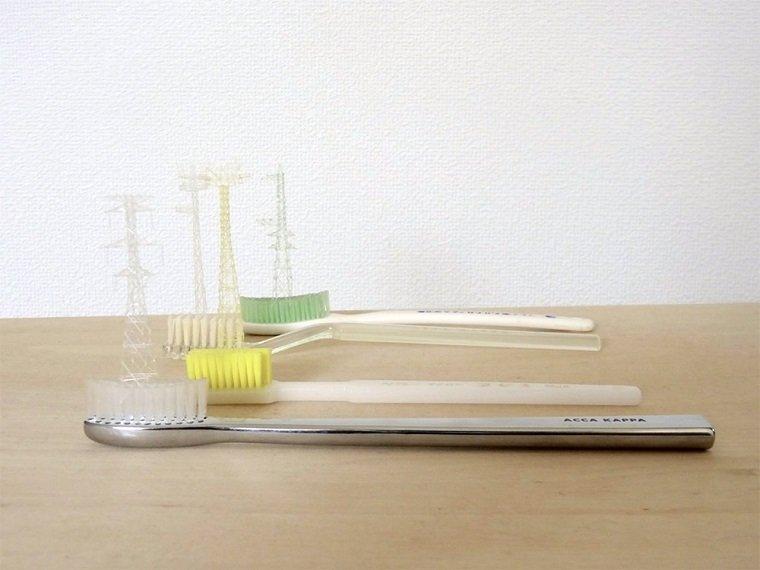 Миниатюрные конструкции из щетинок by Takahiro Iwasaki