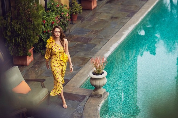 Jessica Alba на обложке ELLE Australia