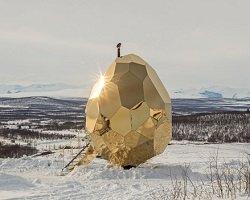 Шведская сауна в форме золотого яйца