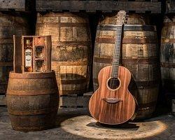 Handmade гитара из старых бочек от виски