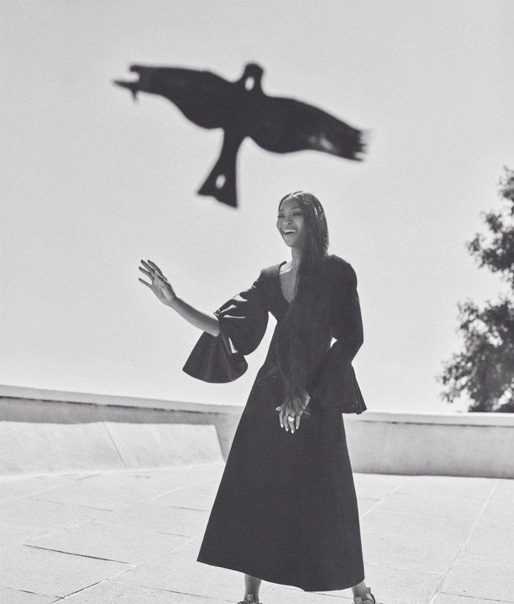 Стильная и грациозная Наоми Кэмпбелл на обложке WSJ. Magazine