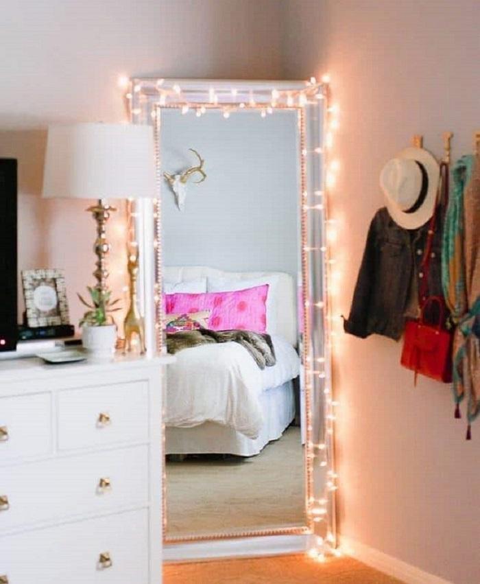 10 идей для вашего дома: гирлянды из лампочек в интерьере